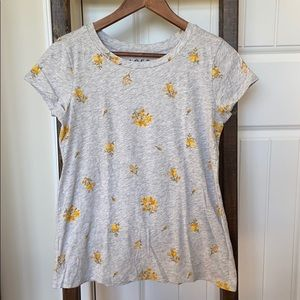 LOFT Small Floral Tee in XS, Excellent Condition.
